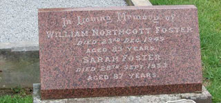 <b>In Loving Memory of William Northcott FOSTER & Sarah FOSTER (nee MONNOX)</b>