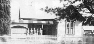 LEONARD home at 101 Fry Street, Grafton circa 1940/50?s