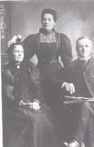 BOORMAN, Thomas - his wife FULLER, Mary and youngest daughter.
